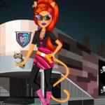 Monster High Toralei Stripe Shopping Dressup